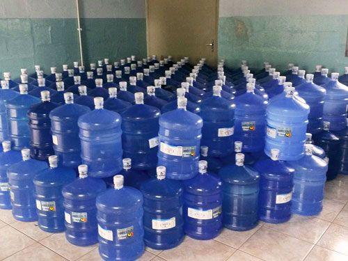 Doações serão levadas para Araçatuba, de onde a PM mandará para a cidade mineira de Mariana. Foto: Polícia Militar/Divulgação