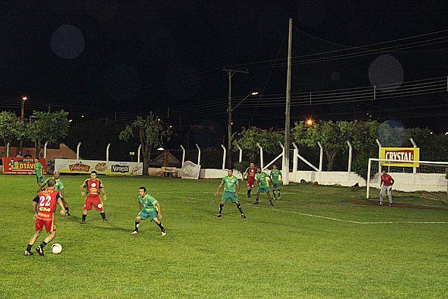 Vitória por 3 a 0 deu ao Ressaca classificação na Chave B. Foto: Divulgação?Prefeitura