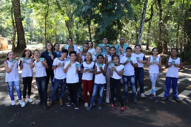 Crianças fazem percurso pelo espaço e aprenderam como é formado o bioma da Mata Atlântica - crédito: Secom/Prefeitura