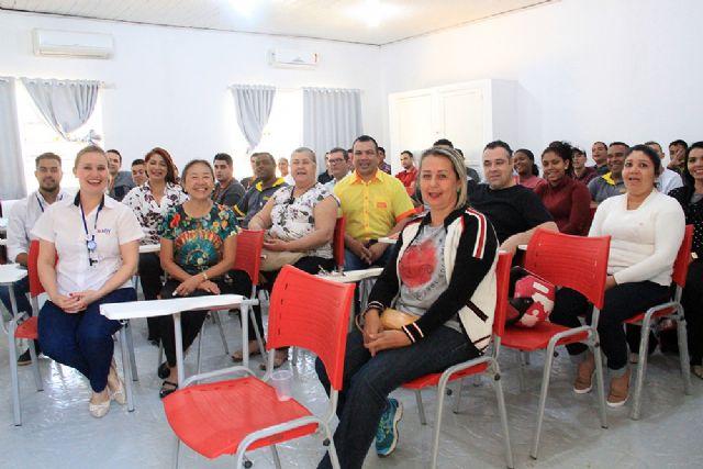 Tamiko acompanha treinamento realizado com apoio do Governo de Andradina