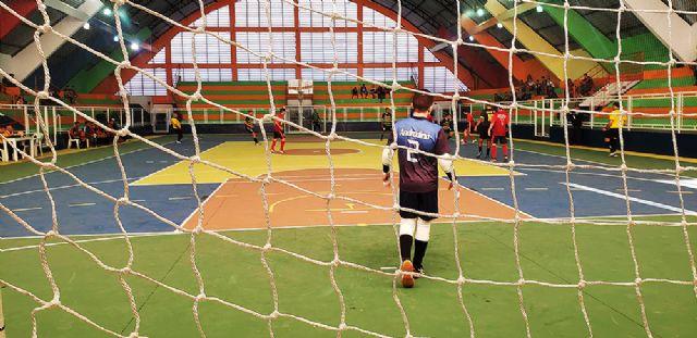 2º Torneio de Futsal do Projeto Esporte no Bairro tem abertura neste sábado (07) às 14h30 no Gime - crédito: Secom/Prefeitura